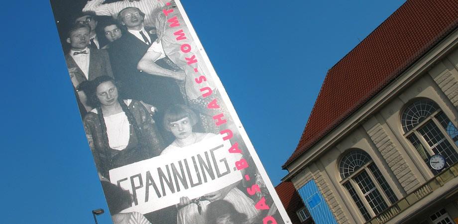 Bahnhofsvorplatz Weimar – Das Bauhaus kommt aus Weimar