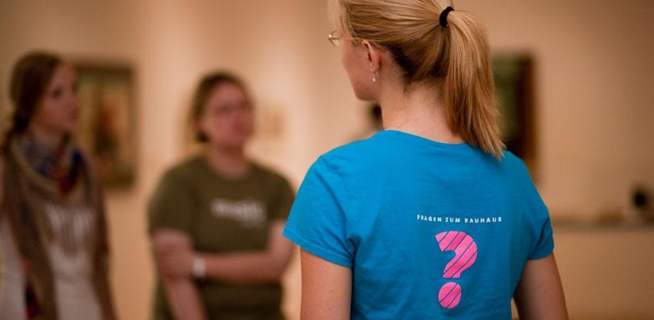 T-Shirt: Fragen zum Bauhaus
