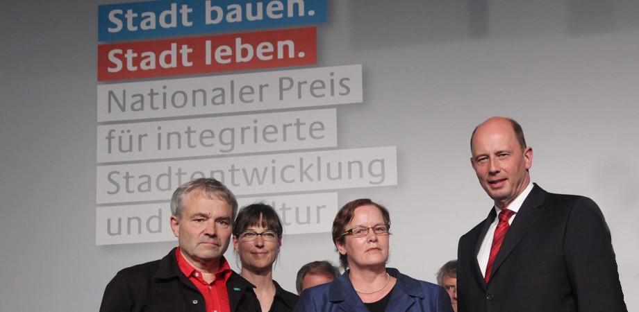 Wolfgang Tiefensee mit den Preisträgern aus Weimar
